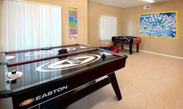 Moreno Valey Cottonwood Apartments game room